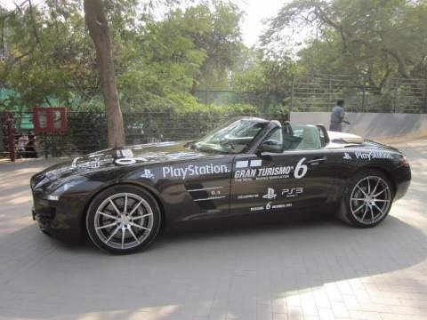 Playstation and mercedes benz collaborate for mercedes for Mercedes benz franchise