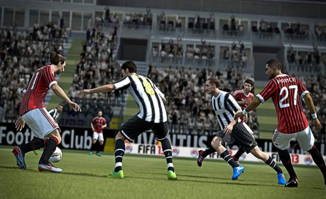 FIFA 13 Comparison Screen 3