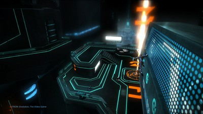 Tron: Эволюция  Tron: Evolution (Disney Interactive Studio  Новый Диск) (RUS/ENG)