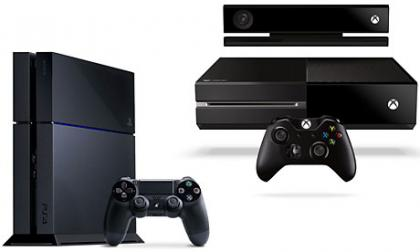 PS4 vs Xbox One At GamesCom 2013