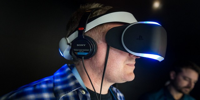 how to play any ps4 game and watch movies on ps4 vr headset. Black Bedroom Furniture Sets. Home Design Ideas