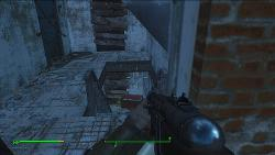 fallout4-chained-door-2.jpg