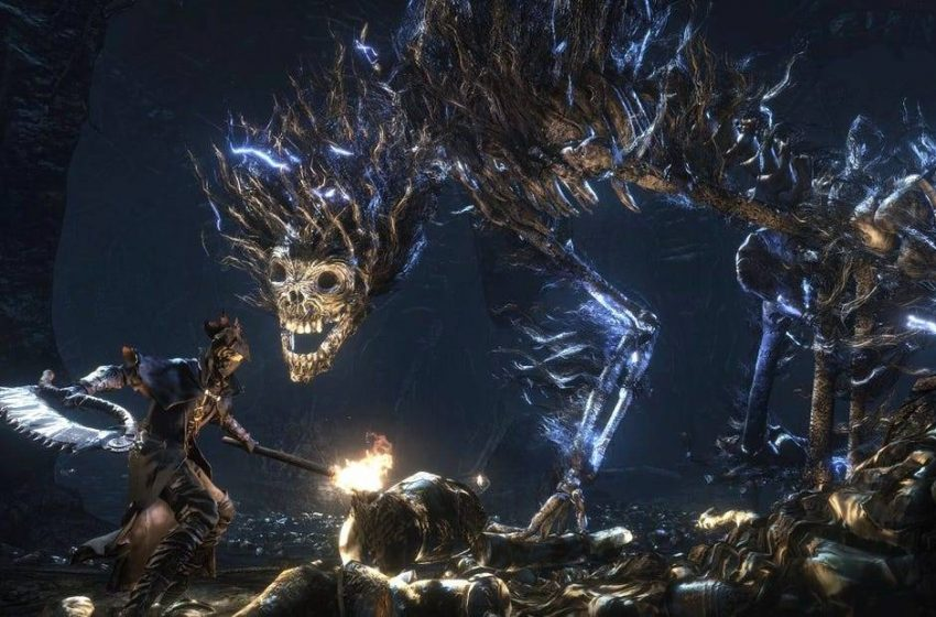 Bloodborne Available Early, Retailer Breaks Street Date, Unboxing Screenshots Shows Amazing Reversible Cover