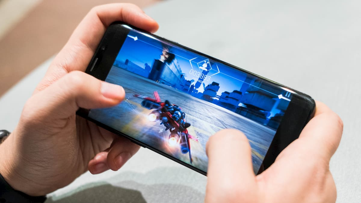 Best Mobile Phones for Gaming (2020)