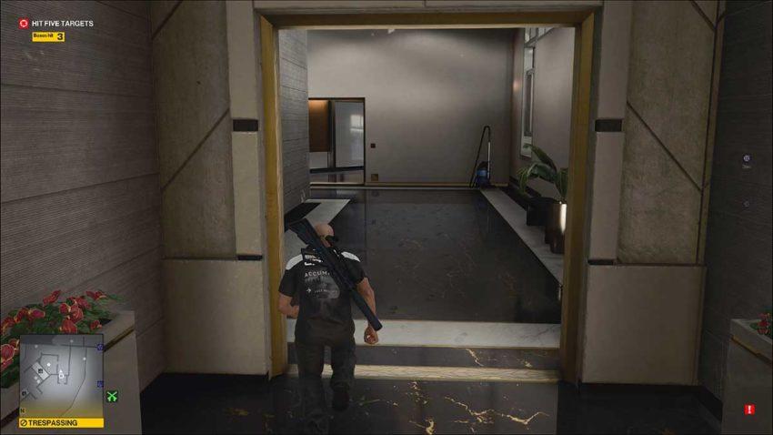 bathroom-corridor-hitman-3