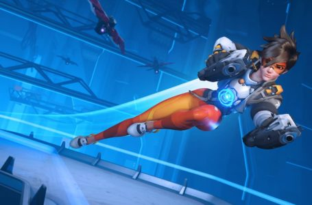 Is Overwatch 2 a full sequel, and will it be a separate purchase?