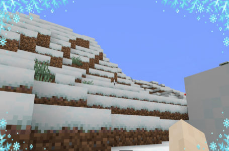 How to walk over Powder Snow in Minecraft