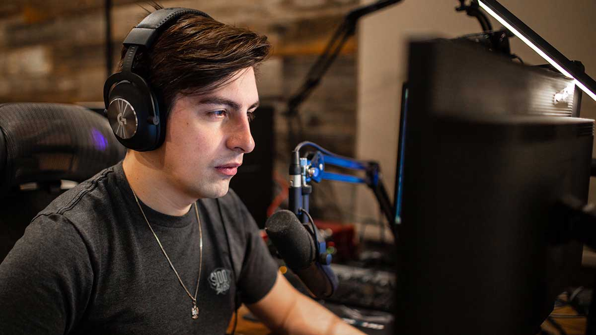 how-much-does-shroud-make-from-streaming-on-twitch