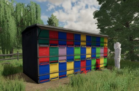 Farming Simulator 22 will include beehives and greenhouses